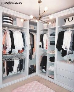 Stylesisters Insta Wardrobe Full